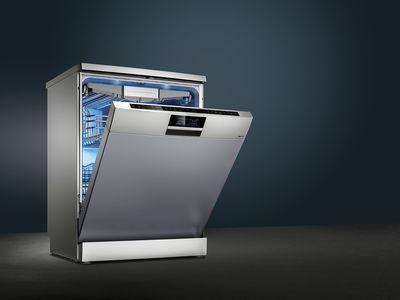 使用西门子洗碗机,餐具亮丽如新